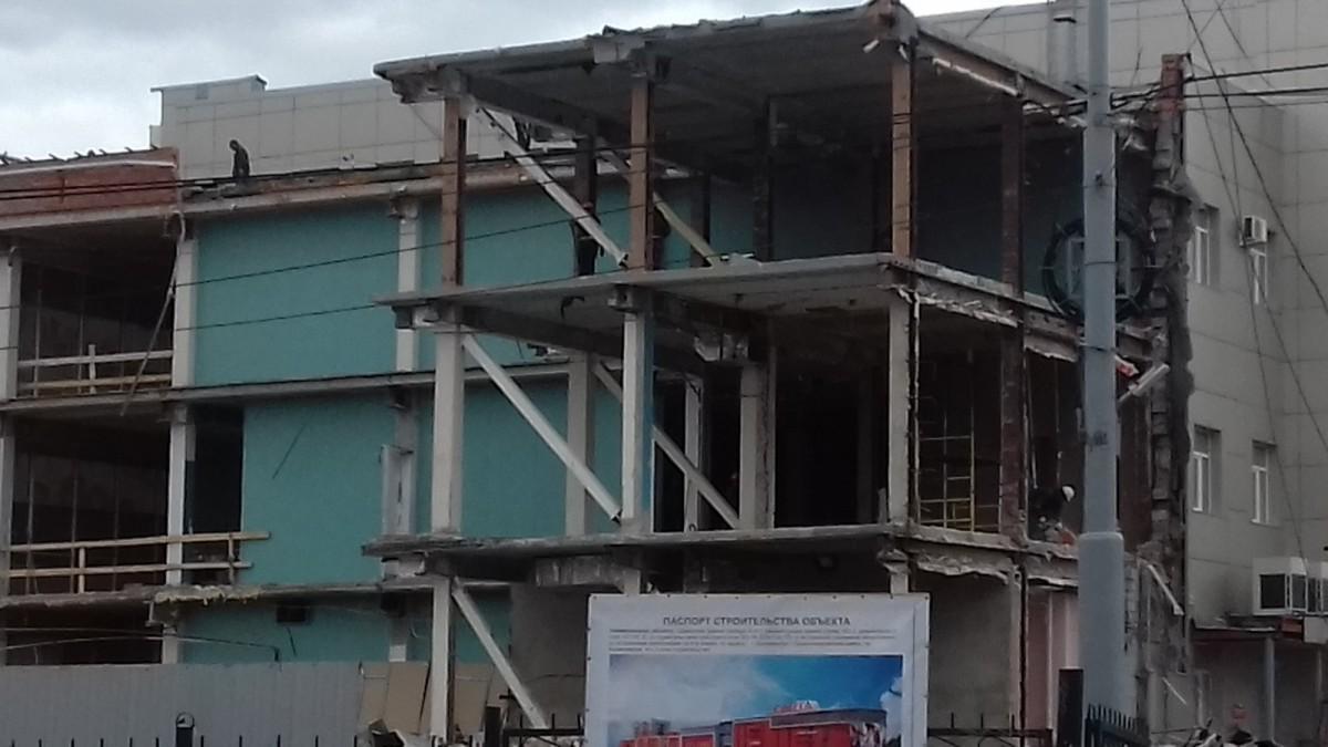 Демонтаж зданий цена договорная